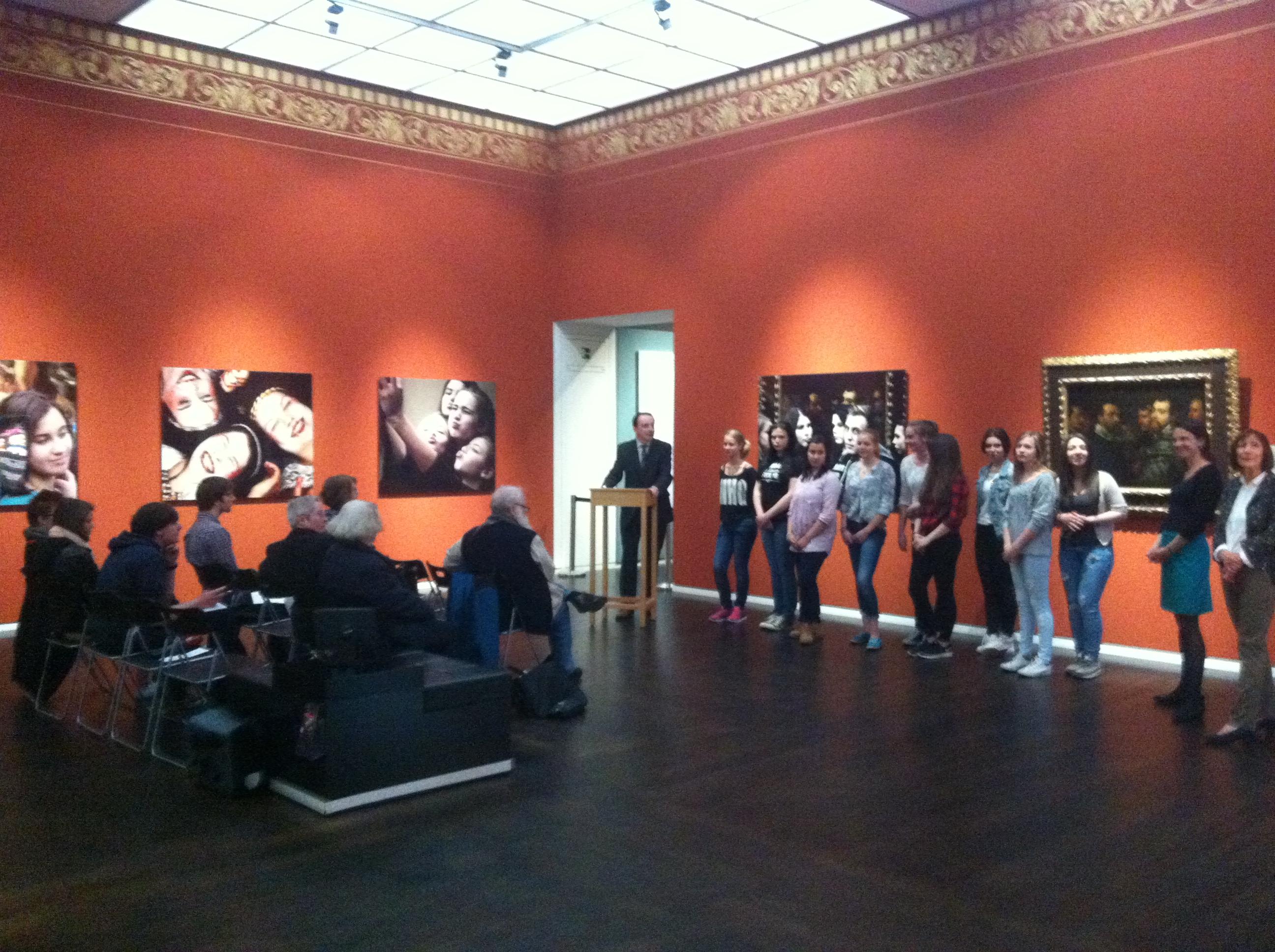 Museumsdirektor Dekiert begrüßt die Teilnehmer